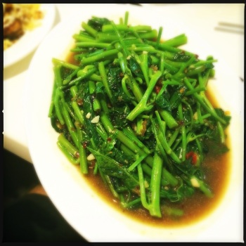 Stir-fry Spinach with Garlic